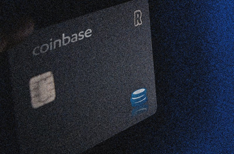 Coinbase Card Users Can Now Make Bitcoin Payments And Reap Rewards With Apple Pay